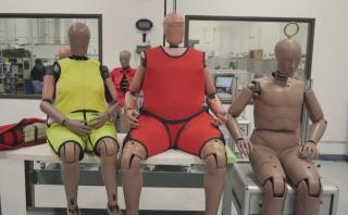 Crean dummies con obesidad para probar seguridad automotriz