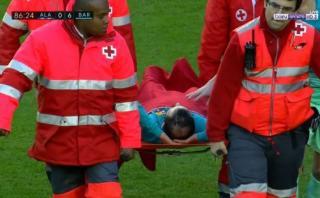 Barcelona: Aleix Vidal sufrió escalofriante lesión en tobillo