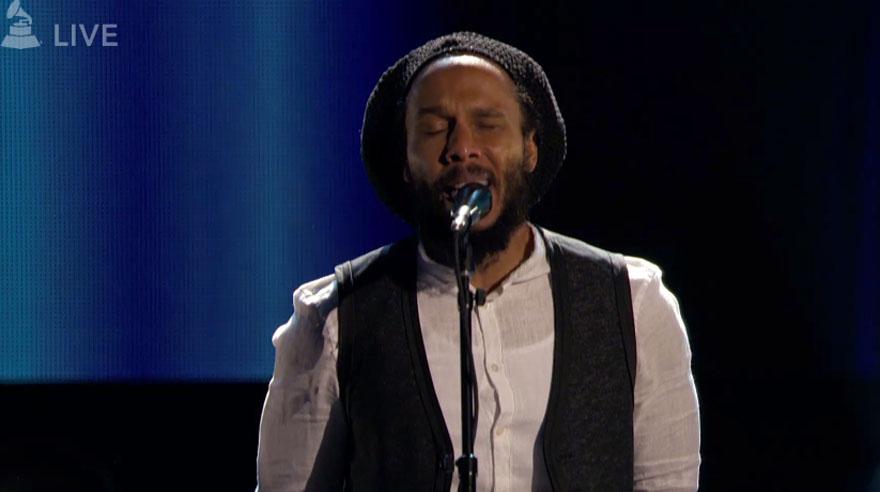 Ziggy Marley cantó en la ceremonia no televisada de los Grammy. (Foto: Captura de pantalla)