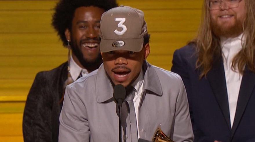 Chance the rapper ganó el Grammy al Mejor artista nuevo. (Foto: Captura de pantalla)