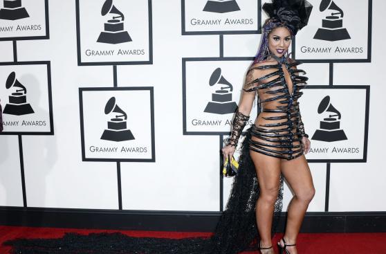 Joy Villa y su controvertido vestido en el Grammy [FOTOS]