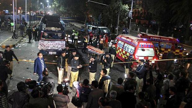 Fuerte explosión durante una manifestación en Pakistán deja al menos 20 muertos
