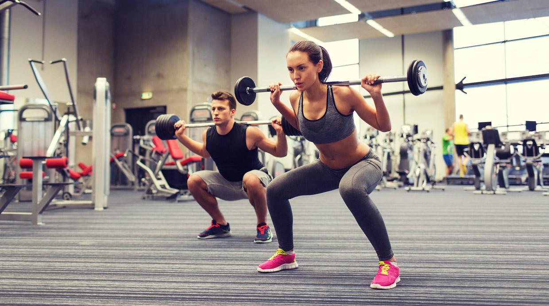 ¿Cuál es el peso ideal que debes levantar en el gimnasio?