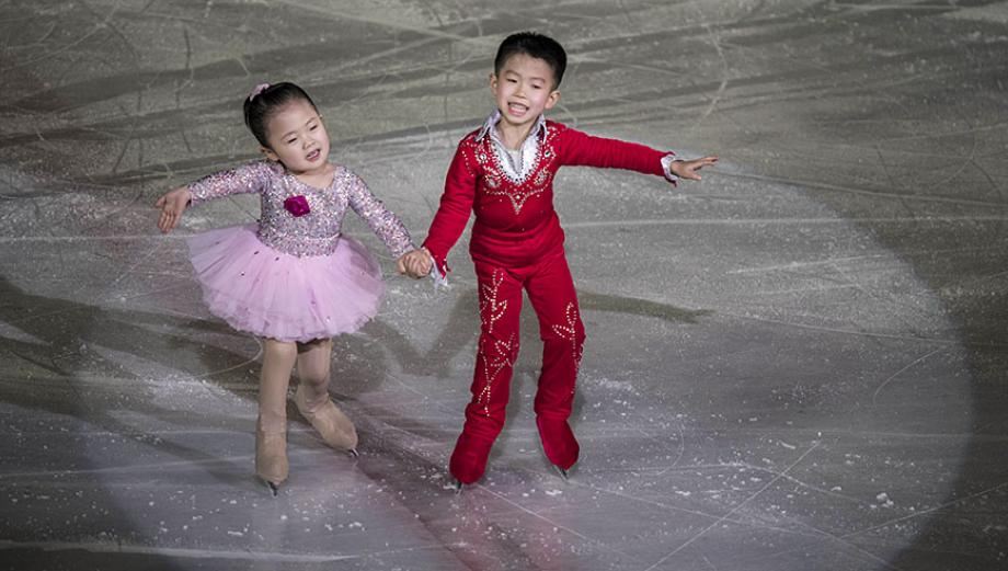 Corea del Norte celebra con deportes nacimiento de Kim Jong-il
