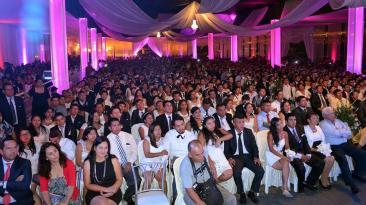 Ventanilla: más de 500 parejas se casaron en boda masiva