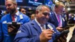 Wall Street bate récord y Trump dice que es gracias a él - Noticias de estimulo de la fed