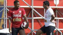 Solano no descartó a Farfán para jugar ante Venezuela y Uruguay