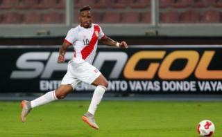 El 63% de peruanos quiere que Farfán vuelva a la selección