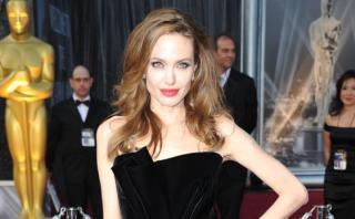 Angelina presenta en Camboya filme sobre los Jemeres Rojos