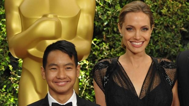 Angelina Jolie junto a su hijo Maddox en 2013. (Foto: AP)