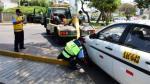 Mañana empieza retiro de carros mal estacionados en San Isidro - Noticias de licencia de conducir