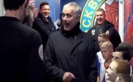 La ocurrente respuesta de un niño que dejó absorto a Mourinho