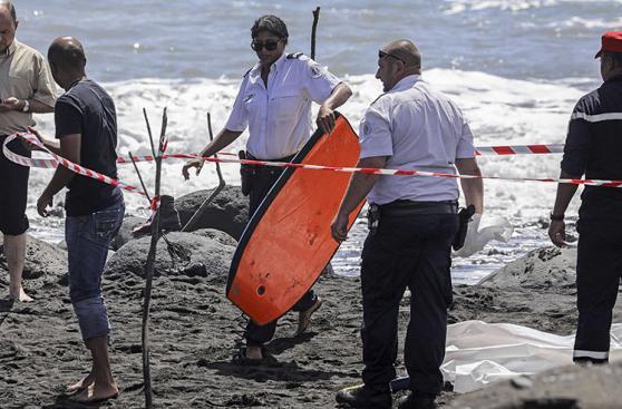Francia: Surfista muere tras ser atacado por un tiburón [FOTOS]