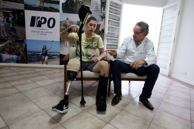 Jakson Follmann es uno de los seis supervivientes del accidente aéreo en Colombia. (Foto: Reuters)