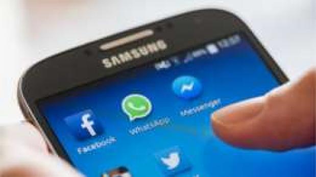 Ya se puede transferir dinero internacionalmente a través de Facebook