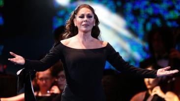 Isabel Pantoja conquistó Viña con tributo a Juan Gabriel