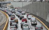 Miraflores: tránsito lento en vía expresa tras intensa lluvia