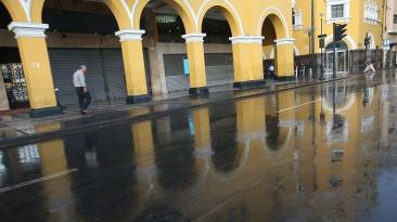 ¿Qué causó la lluvia que sorprendió a los limeños esta mañana?
