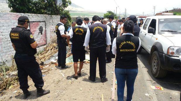 16 muertos deja choque de camión furgón contra combi — Trujillo