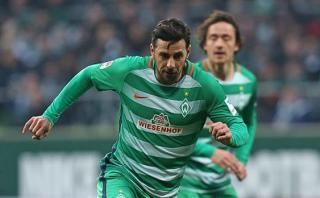 Claudio Pizarro: Werder Bremen vs. Wolfsburgo en Bundesliga