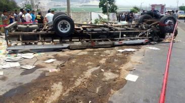 Trujillo: aumenta a 18 la cifra de muertos por triple choque