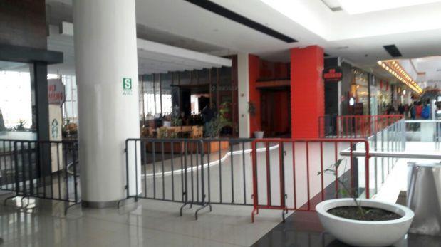 Cusco: bomberos controlan amago de incendio en Real Plaza