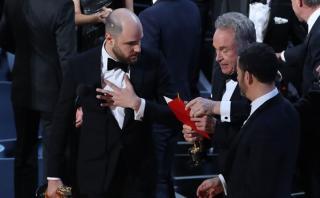 PwC ve dañada su imagen por error en los premios Oscar