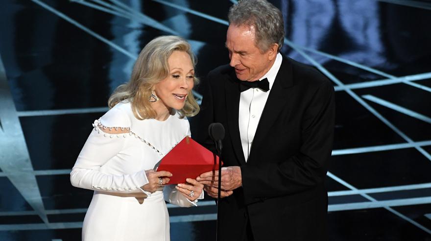Oscar 2017: Histórico error al anunciar la mejor película del año