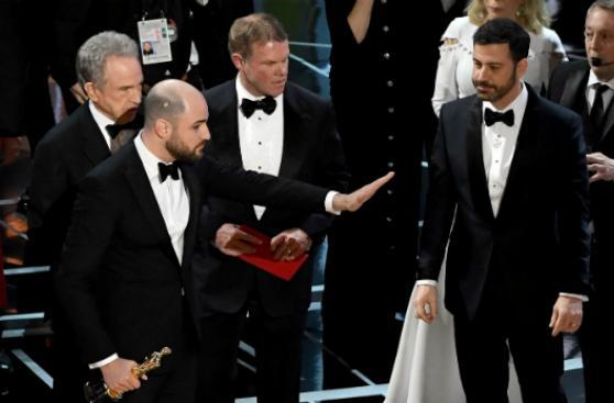 Al estilo Oscar: los errores más recordados de premiaciones