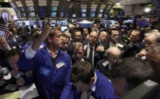 S&P y Dow Jones tocan máximos tras declaraciones de Trump