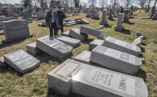 Reportan amenazas de bomba en 16 centros judíos de EE.UU.