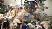 SpaceX prepara viaje a la Luna y llevará a dos 'turistas'