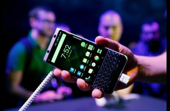 MWC 2017: cinco tendencias y artilugios en la feria de móviles