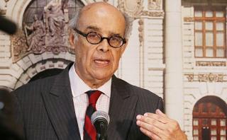 Perú llama a consulta a embajador en Caracas por ataques a PPK