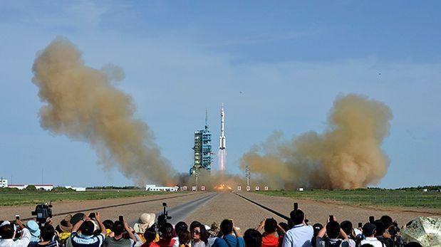 China desarrolla cohetes que serán lanzados desde aviones