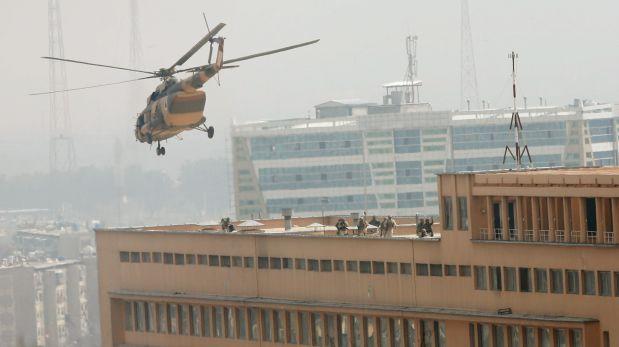 El hospital Sardar Daud Khan, con capacidad para 400 pacientes, fue atacado por tres hombres armados vestidos de médicos. (Foto: Reuters)