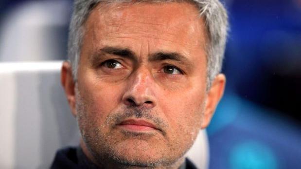 Mourinho se queja del estado del césped para el Rostov-United