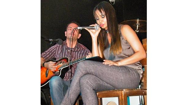 Astrid Fernández y David Garmendia, ambos músicos, también participaron en el evento musical del 26 de febrero.