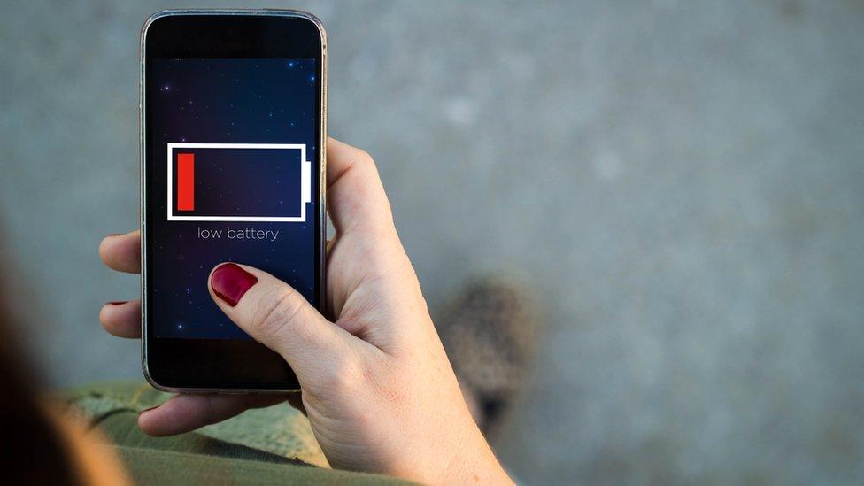 Para muchos, desconectarse de internet fue una tarea ardua. Tal como dice Puig, esto demuestra una vez más el grado de dependencia que estas tecnologías nos han llegado a generar. (Foto: BBC)