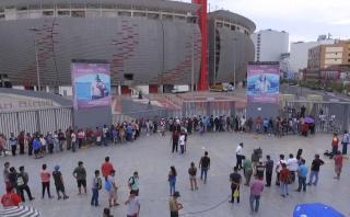Perú-Uruguay: largas colas en venta de entradas [VIDEO]