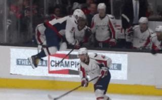 Hockey: capitán de Washington Capitals sufrió aparatosa caída