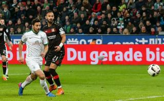 Pizarro está a 2 goles de batir otro récord en la Bundesliga