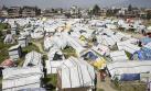 Nepal derriba refugios para víctimas de terremoto [FOTOS]