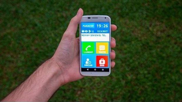 Estas 4 apps facilitan el uso de smartphones a personas mayores