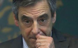 Francia: Caso de malversación de fondos complica a candidato
