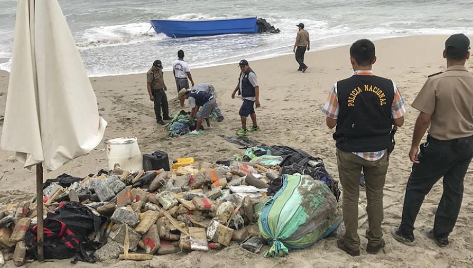 Punta Hermosa: dos detenidos por lancha repleta de droga