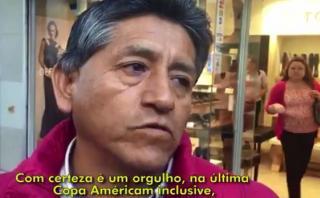 Peruanos que viven en Chile felices por ver a Guerrero y Trauco