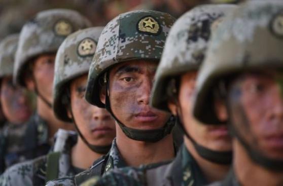 EE.UU. - China: 8 gráficos que comparan su poderío militar
