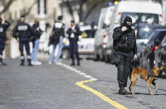 Alarma en Francia por una carta bomba en la sede del FMI