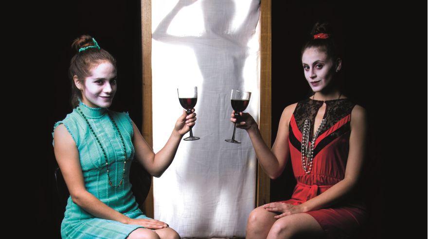 """""""La prudencia"""" es un proyecto de Nata Niño de Guzmán, con las actuaciones de Melina Hernández, Macla Yamada y Emma Suito. Se presentará el sábado 18 y domingo 19, a las 8 p.m. en el CCPUCP."""